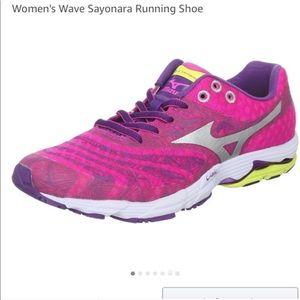 Mizuno Wave Sayonara Running Shoes